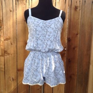 UO pins and needles light blue lace trim romper sm